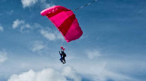 Lancio in tandem con paracadute Biposto a Bologna in Bologna